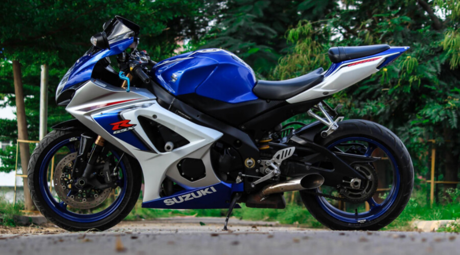 Why Is It Wrong To Start Learning With Suzuki GSX-R