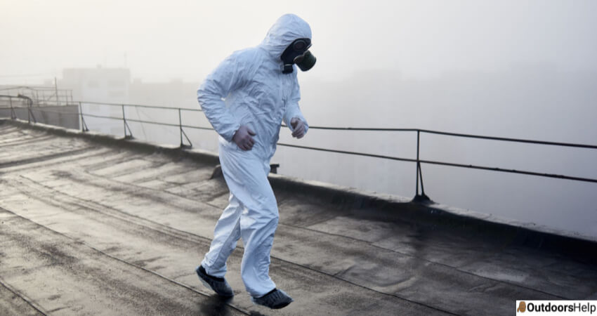 Running With Gas Mask